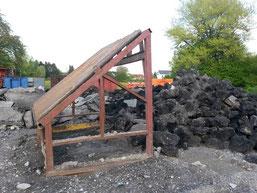 """Schutt- und Asphaltverarbeitung auf einem ungenehmigten Lagerplatz auf der """"Höhe"""""""