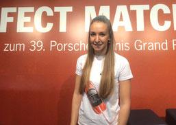 Sportmanagement-Studentin Anne Dilger im Praktikum beim Porsche Cup