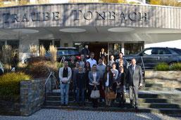 Studenten aus dem Bachelorstudiengang Gesundheits- und Tourismusmanagement in der Traube Tonbach