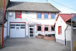 Clubheim Stierstall Hahn