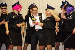 BM Andreas Schneider von den Lady-COPs festgenommen