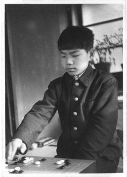 加藤正夫さんの子供時代、 後の 5冠王、