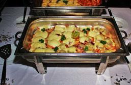 Hähnchenbrust überbacken mit Preiselbeeren und Mozzarella
