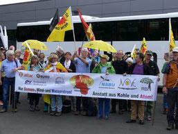 Die besorgten Oberberger bei der Protestkundgebung (privat)