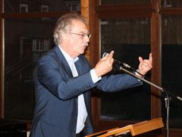 Dr. Kessler im Vortrag (WI)