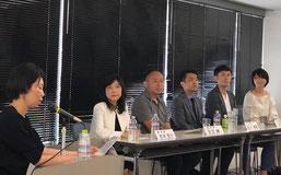 (左から)藤井香織さん、吉田智子さん、足立紳さん、松川博敬さん、大原拓さん、中町綾子さん