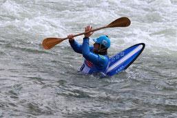 Mike Lochny (TuRa Bremen) in seinem Element und unschlagbar im Squirtboot! Foto: Rüdiger Hauser