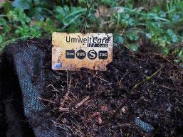 Missverständnis: Die Umwelt-Card soll man nicht in die Umwelt werfen! Foto: Beatrice Jeschke