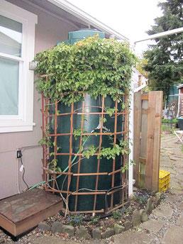 3台の貯水タンク