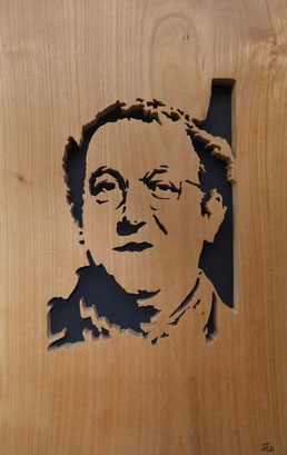 Portrait de Coluche - Atelier Eclats de bois