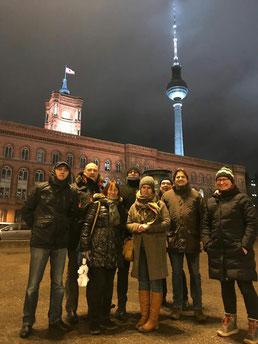 Trotz Kälte war diese Gruppe mit mir im Januar unterwegs. Berlin ist bei jeder Jahreszeit sehenswert!