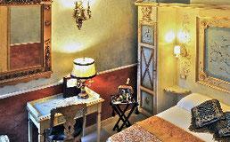 Zimmer im Romanico Palace Rom