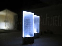Ausstellungsstelen: Visualisierung mit Model 1:100