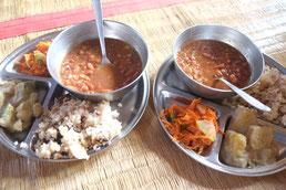 Un repas Vegan à Sadhana