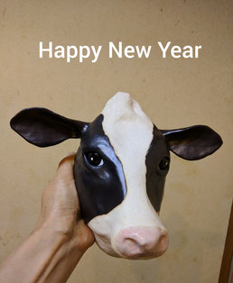 陶芸家 焼き物 陶芸作品 茨城県笠間市 土鍋作品 粉引き作品 お正月のしつらえ 丑年 牛の土面