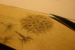 Detailansicht des Druckstocks mit Schneidemesser