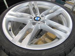 BMW640iクーペ・カブリオレの20インチ純正アルミホイールの、ガリキズ・擦り傷・欠けのリペア(修理・修復・再生)後のホイールアップ写真③