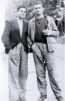Pierre VALCELLI à Droite avec son camarade HUON(source Maitron.fr)