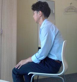 病院で首の痛みが治らなかった奈良県香芝市の男性