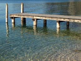 Steg im Wasser, Steg, Wasser, See, Meer, Strand, Ufer