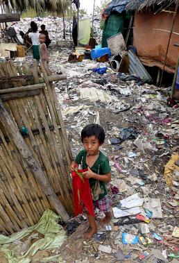 Une des enfants du bidonville.