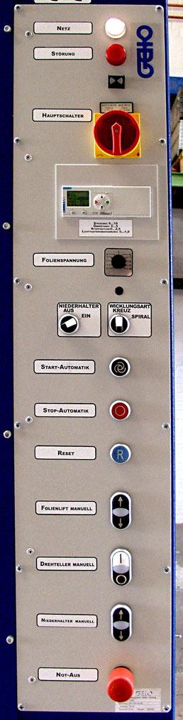 Bedienpanel für Superstretch mit Niederhalter und elektromagnetischer Vordehnung
