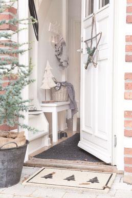 Schöne skandinavische Weihnachtsdeko im Shabby Chic von Ib Laursen gibt es in der Sternschnuppe home & garden in Eichelhardt