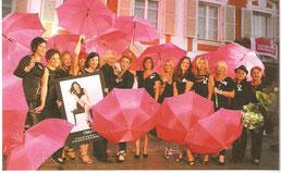 Frauenkrebshilfe, pinke Schirme