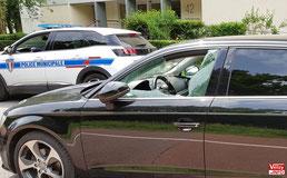 La Police Municipale de Vélizy constate les dégâts.