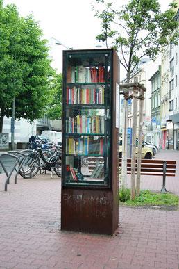 Öffentlicher Bücherschrank in Frankfurt am Main