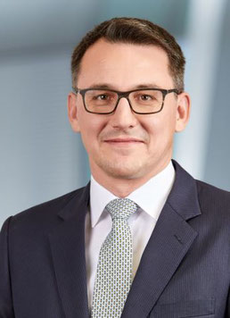 Luzius Wirth is Executive Vice President and Member of Swissport's Group Executive Management  -  images courtesy of Swissport