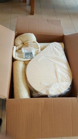 Verpackung Kratzbaum