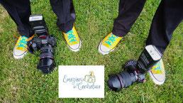 fotografi matrimonio con le scarpe converse gialle