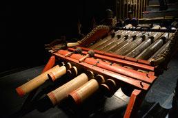 音楽名称ともなった楽器「ジェゴッグ」
