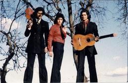 """Foto de archivo correspondiente a 1974 promoción de su primer disco """"Ni más ni menos"""" Los Chichos"""