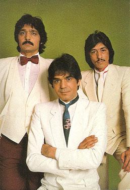 Los Chichos en 1983  postal de promoción y firmas    (Déjame solo)