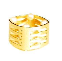 außergewöhnlicher Ring mit Perlen