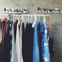 Kleiderschrank Check Event ausmisten Teenager Erlebnisse für Geburtstage Konfirmation Jugendweihe