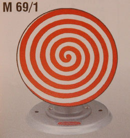 M69/1 - Lebensrad rot weiss / wheel of live red white