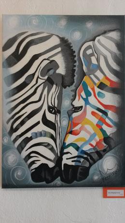 Die Begegnung, Zebra, aneinander geneigt,