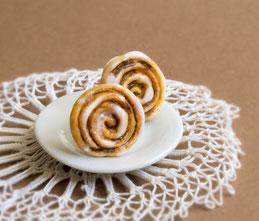 zimtschnecke zimtrolle miniature food fimo polymer clay fabulous funky