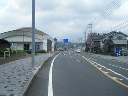 アクセス 川棚温泉駅手前の写真