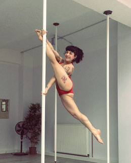 Yatzin Kosom Pole Acrobatics Fitness Cologne
