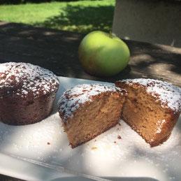 Vollkornmuffins mit Äpfeln