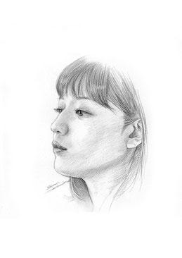 鉛筆スケッチ 似顔絵 川口春奈