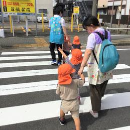 交通ルールを守りながら歩くことができるようになりました