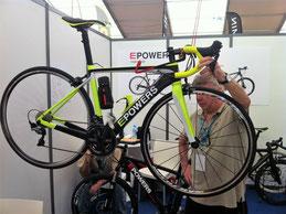 """Le vélo des """"tricheurs"""": 320 Watts de réserve ça aide...!"""