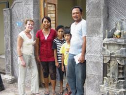 Bei einem Teak Produzenten in Indonesien