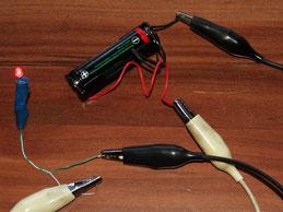 LED-Schaltung mit Batterie