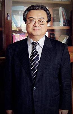 Porträt von Professor AHN Mun-Yeong
